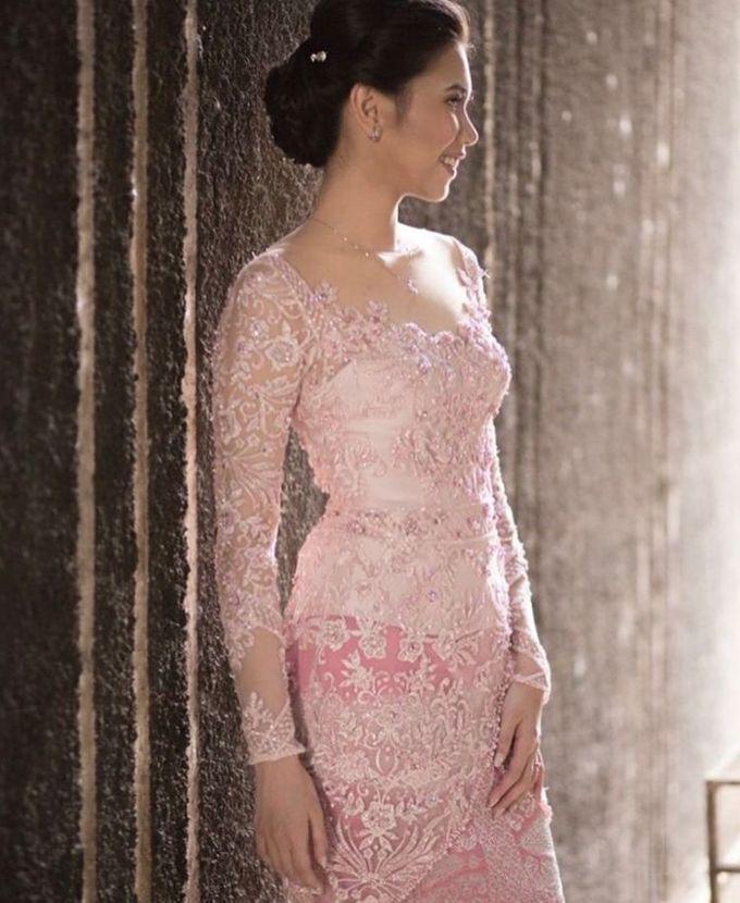 Pink Martumpol Kebaya for Miranda by Arthaputri Atelier - 002