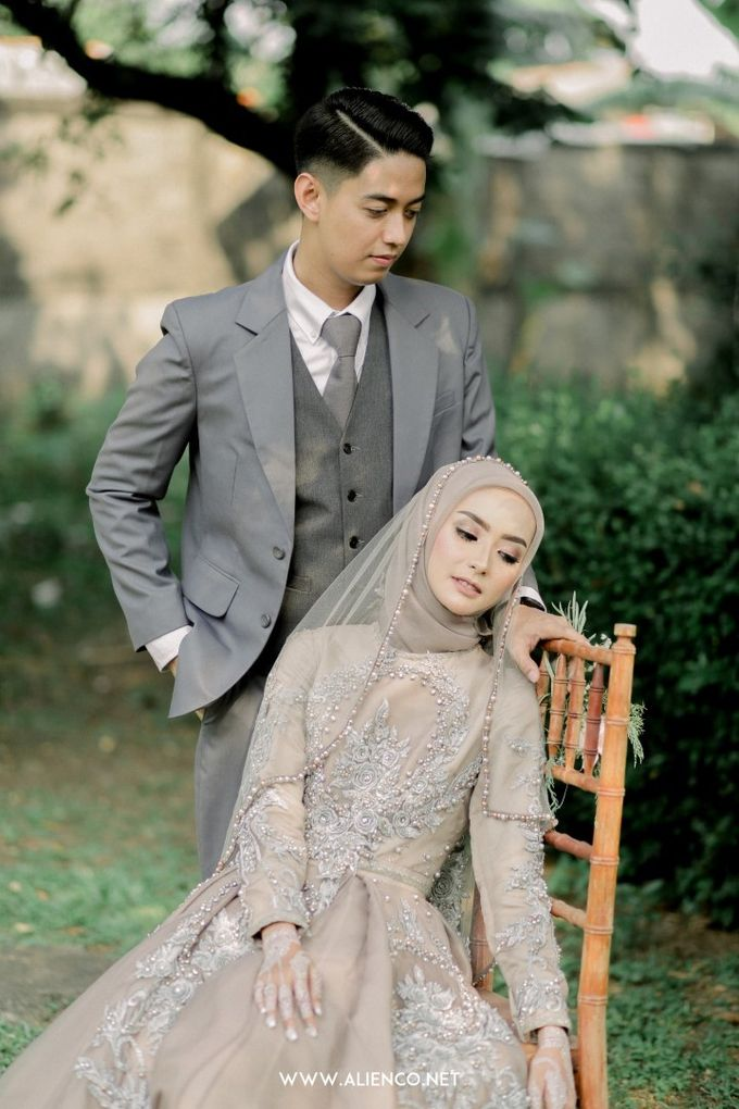 The Wedding Of Melly & Wisnu by alienco photography - 043