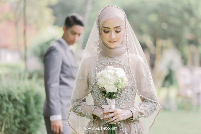 The Wedding Of Melly & Wisnu by alienco photography - 044