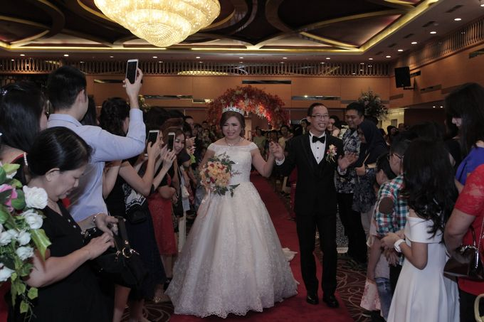 Weddding day of Jujianto & Yuvi at Angke Restaurant Kelapa Gading by Angke Restaurant & Ballroom Jakarta - 003