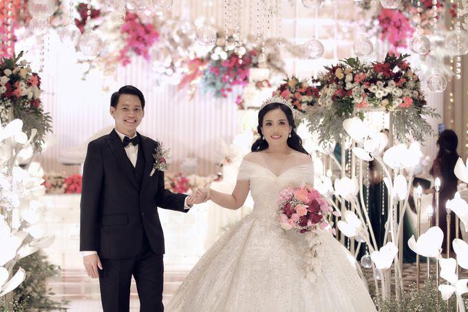 A Royal Wedding of dr. Erwin & dr. Feti by Khayim Beshafa One Stop Wedding - 019