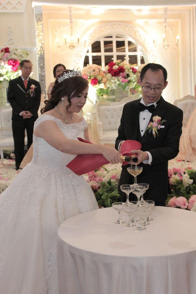Weddding day of Jujianto & Yuvi at Angke Restaurant Kelapa Gading by Angke Restaurant & Ballroom Jakarta - 005