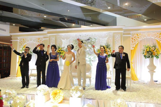 Sunlake Hotel - Yustomo & Errita Wedding by Impressions Wedding Organizer - 013