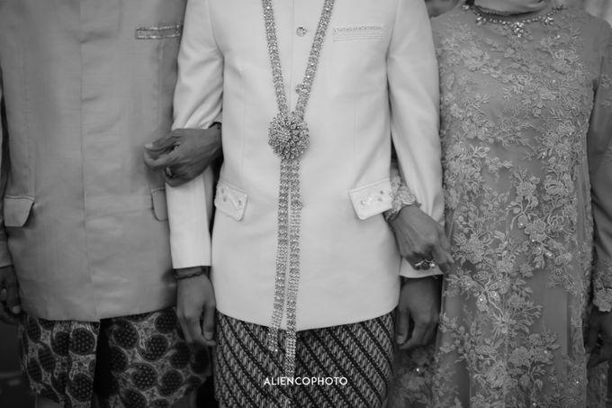 PURI ARDHYA GARINI WEDDING OF ALDY & PUTRI by alienco photography - 035