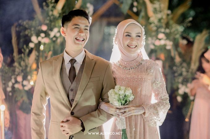 The Wedding Of Melly & Wisnu by alienco photography - 047