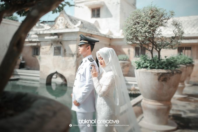 Prewedding Siska + Yuris by Titiknol Creative - 004