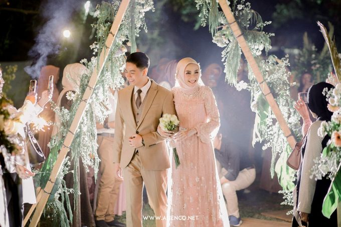 The Wedding Of Melly & Wisnu by alienco photography - 049