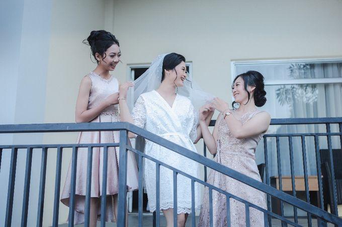 The Wedding Of Mr. DONY & Mrs. IVONE by ODDY PRANATHA - 006