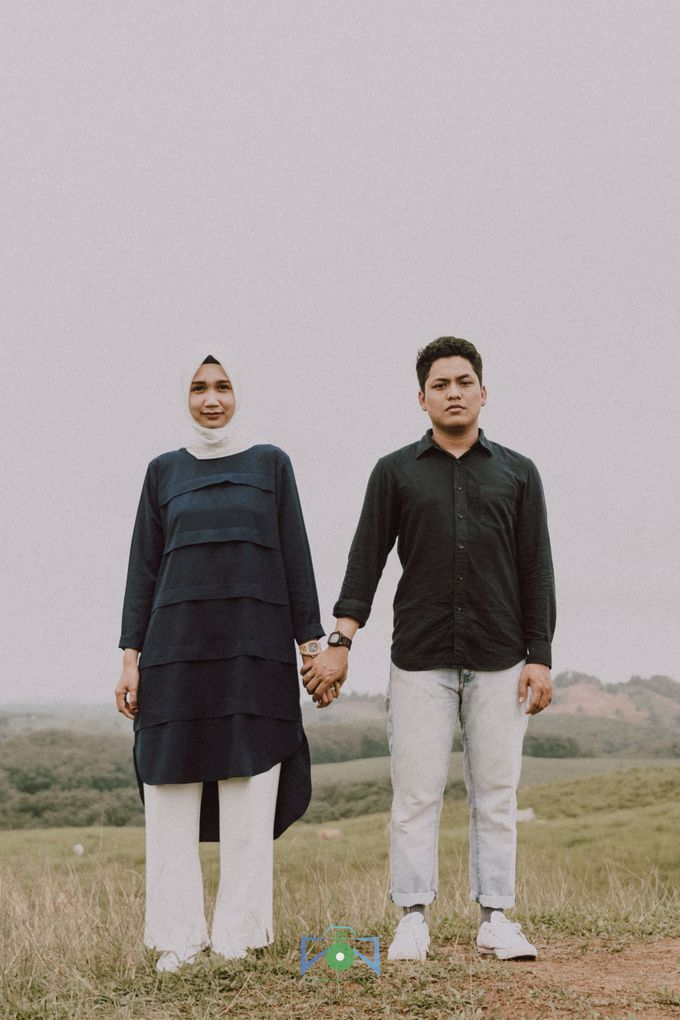 Bayu & Dyni Post-Wedding by treeways.visual - 008