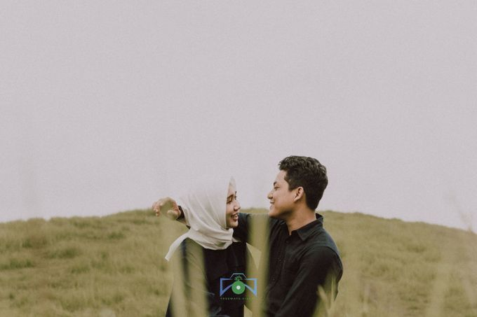 Bayu & Dyni Post-Wedding by treeways.visual - 016