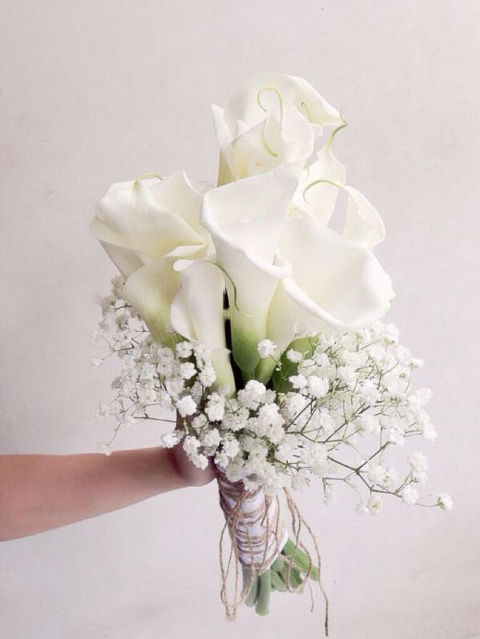 Custom Hand Bouquet by The Bride and Butter - 005