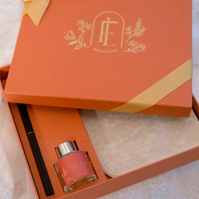 Frida & Luthfi by Red Ribbon Gift - 001