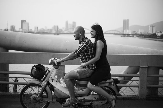 Engagement CHris and Anna in Da nang-  da nang engegament photography by Anh Phan Photographer   vietnam weddng photographer - 037