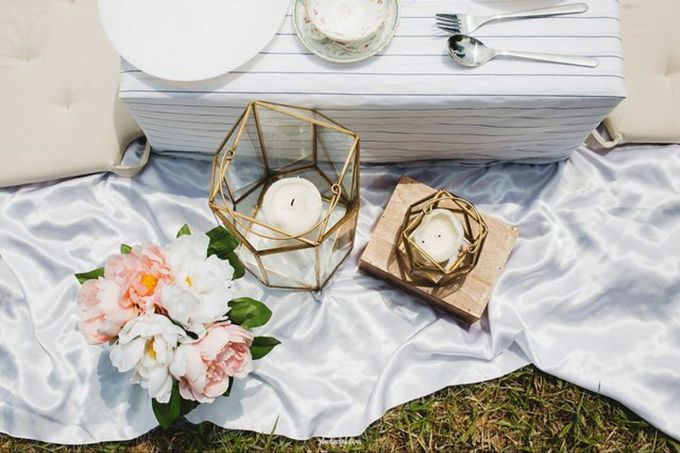 Glamping Wedding Proposal by Glittering Carousel - 010