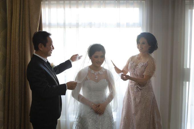 The Wedding Of Mr. DONY & Mrs. IVONE by ODDY PRANATHA - 013