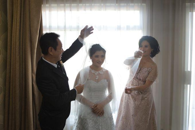 The Wedding Of Mr. DONY & Mrs. IVONE by ODDY PRANATHA - 002