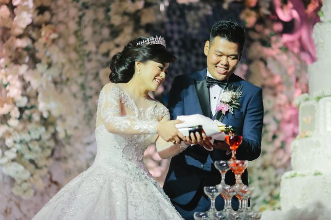The Wedding of Audy & Caroline by Wong Hang Distinguished Tailor - 035