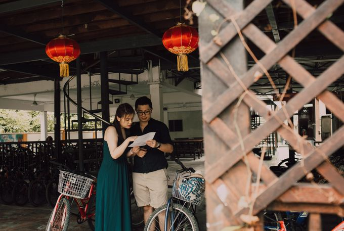 Casual engagement shoot by Amelia Soo photography - 002