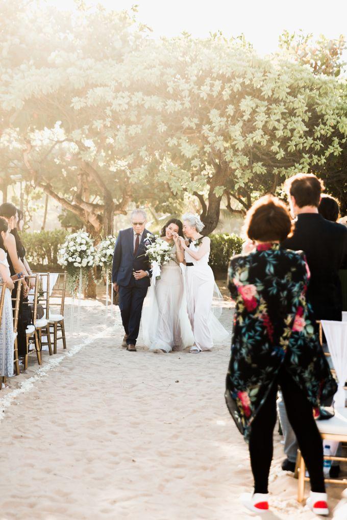 Beautiful Seashore Wedding of Loretta & Felix by Silverdust Decoration - 006