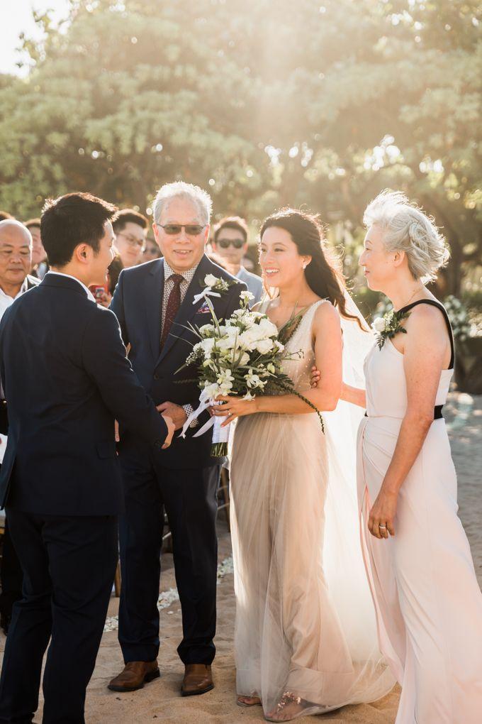 Beautiful Seashore Wedding of Loretta & Felix by Silverdust Decoration - 009