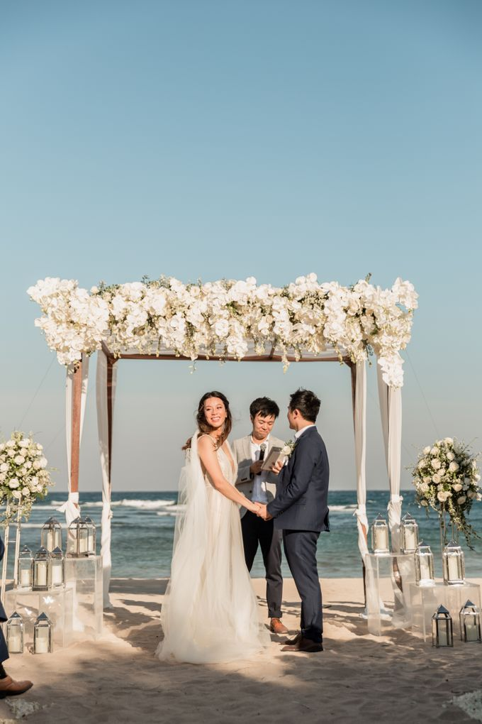 Beautiful Seashore Wedding of Loretta & Felix by Silverdust Decoration - 015