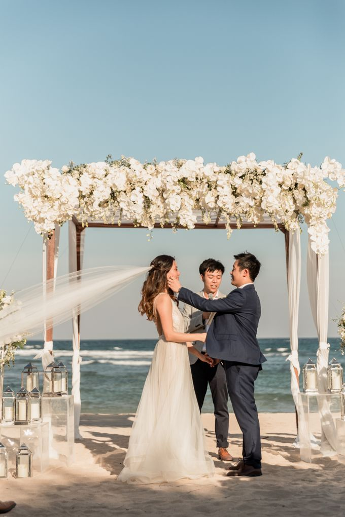 Beautiful Seashore Wedding of Loretta & Felix by Silverdust Decoration - 017