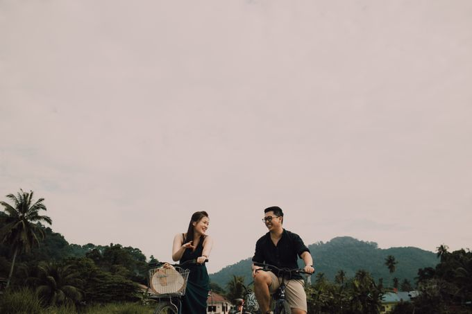 Casual engagement shoot by Amelia Soo photography - 008