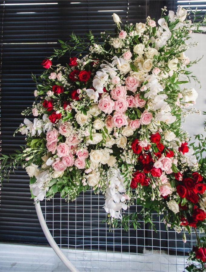 Elegant alfresco greenery wedding at The Royal Santrian by Silverdust Decoration - 001