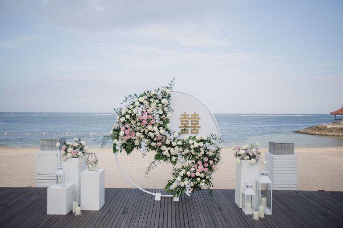 Elegant alfresco greenery wedding at The Royal Santrian by Silverdust Decoration - 003