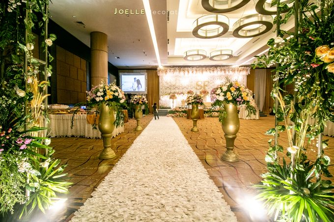 Love makes Impossible Possible by Joelle Decoration - 016