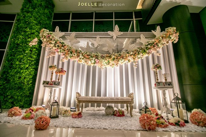 Love makes Impossible Possible by Joelle Decoration - 017