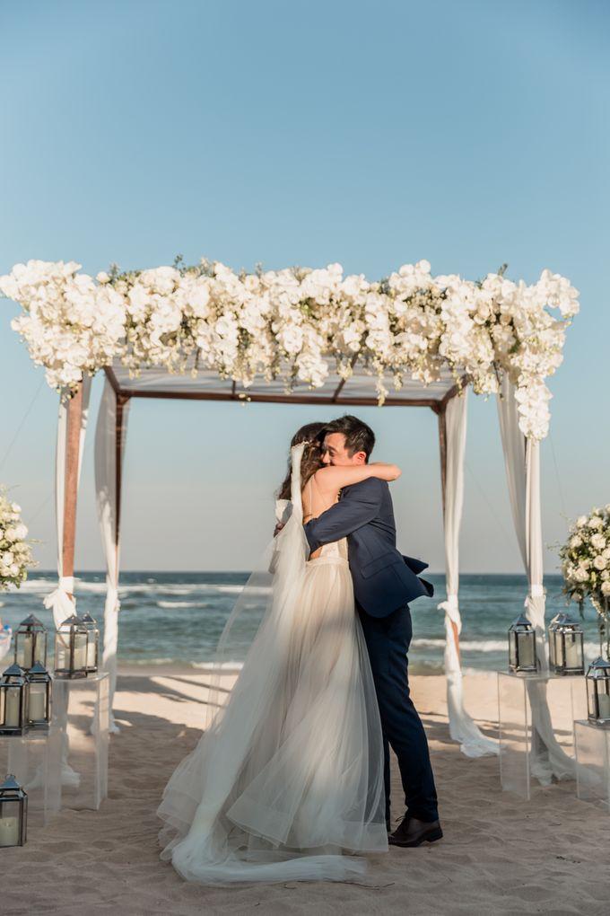 Beautiful Seashore Wedding of Loretta & Felix by Silverdust Decoration - 024