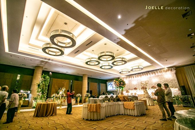 Love makes Impossible Possible by Joelle Decoration - 024