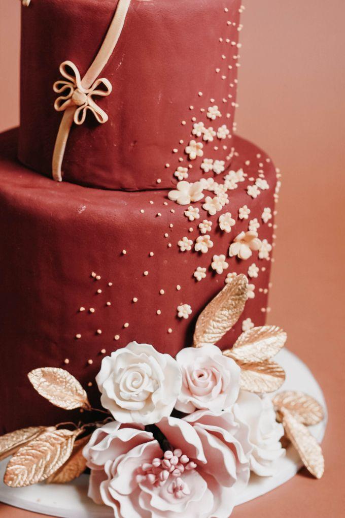 Sangjit and Engagement by Gordon Blue Cake - 010