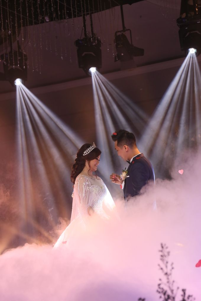 lighting wedding by FLAT PRODUCTION - 001