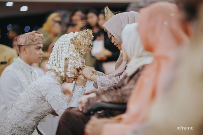 Yozha & Weldy Wedding day by Inframe photo video - 024