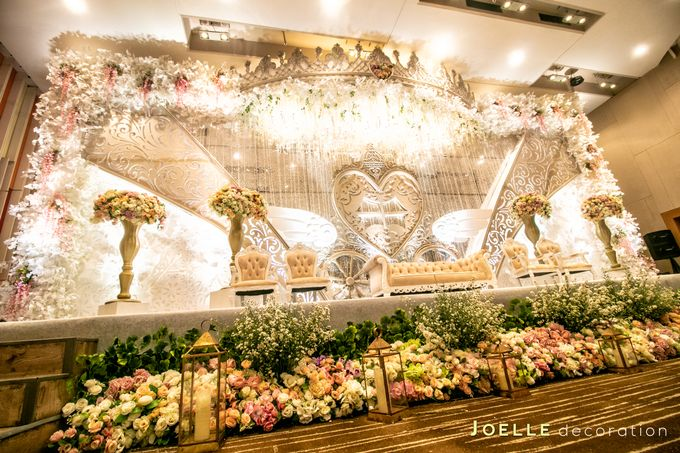 Every Woman is a Princess by Joelle Decoration - 003
