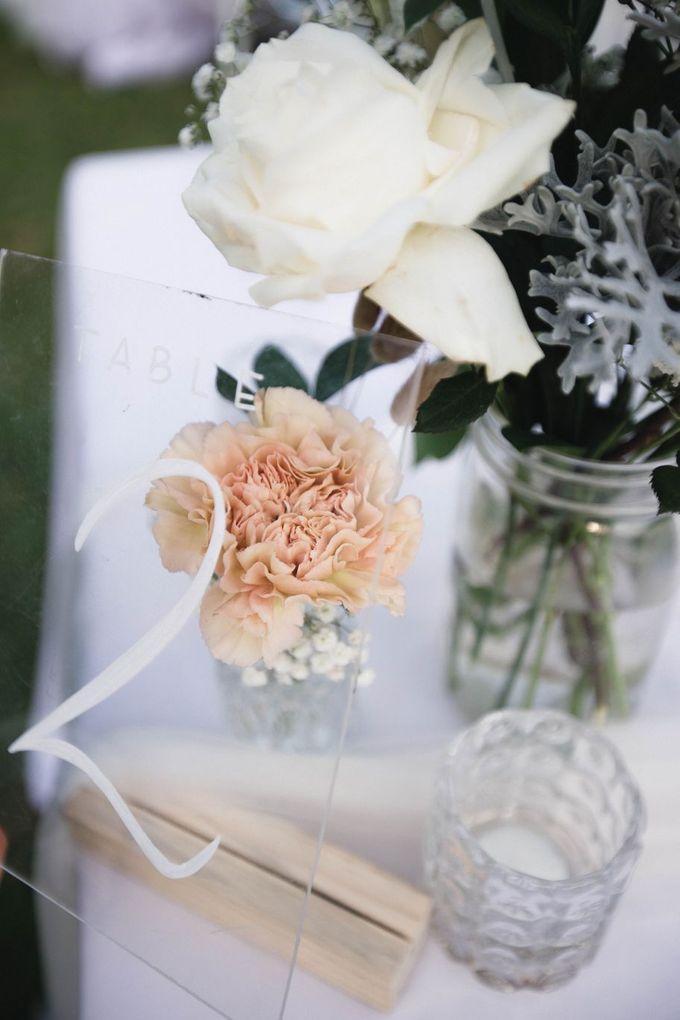 Elegant alfresco greenery wedding at The Royal Santrian by Silverdust Decoration - 006