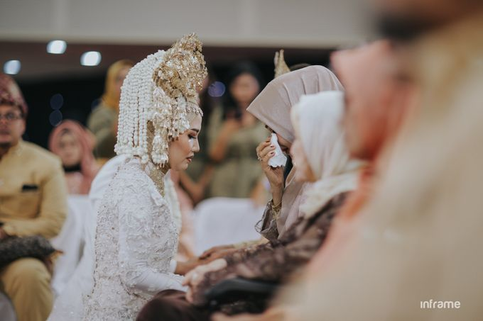 Yozha & Weldy Wedding day by Inframe photo video - 027