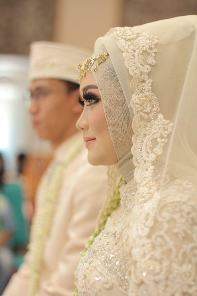 Ria + Ivan by KATA Wedding Planner And Organizer - 007