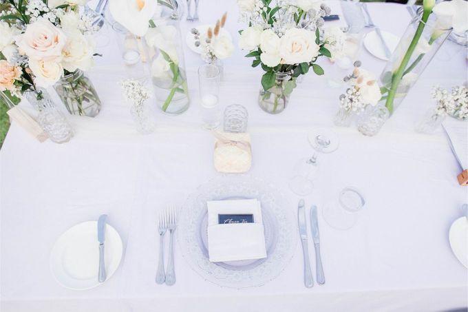 Elegant alfresco greenery wedding at The Royal Santrian by Silverdust Decoration - 008