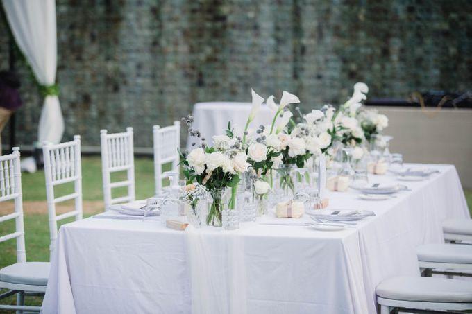 Elegant alfresco greenery wedding at The Royal Santrian by Silverdust Decoration - 012