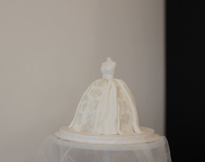 Wedding cake by Tell Cake Boutique - 006