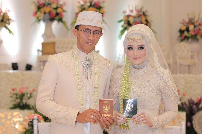Ria + Ivan by KATA Wedding Planner And Organizer - 010