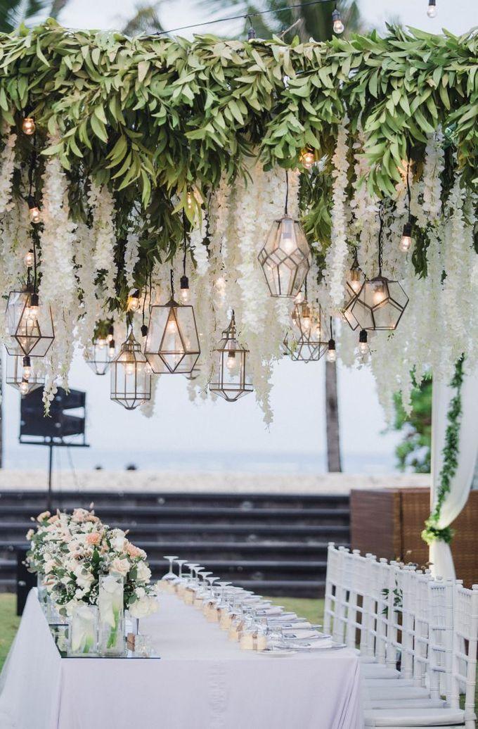 Elegant alfresco greenery wedding at The Royal Santrian by Silverdust Decoration - 017
