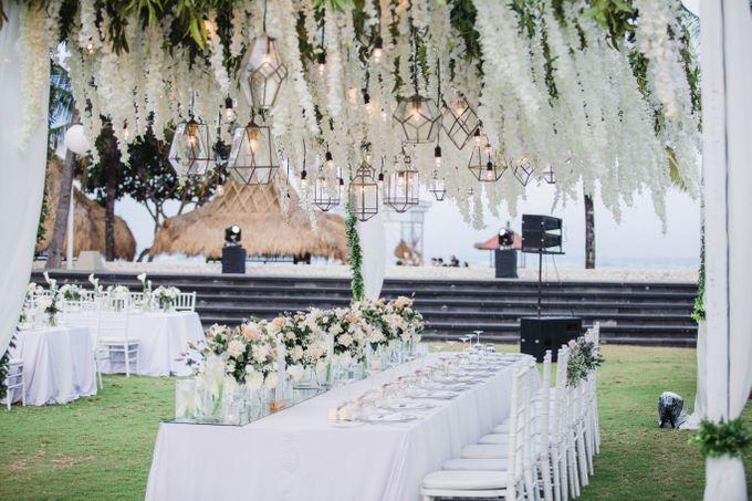 Elegant alfresco greenery wedding at The Royal Santrian by Silverdust Decoration - 020