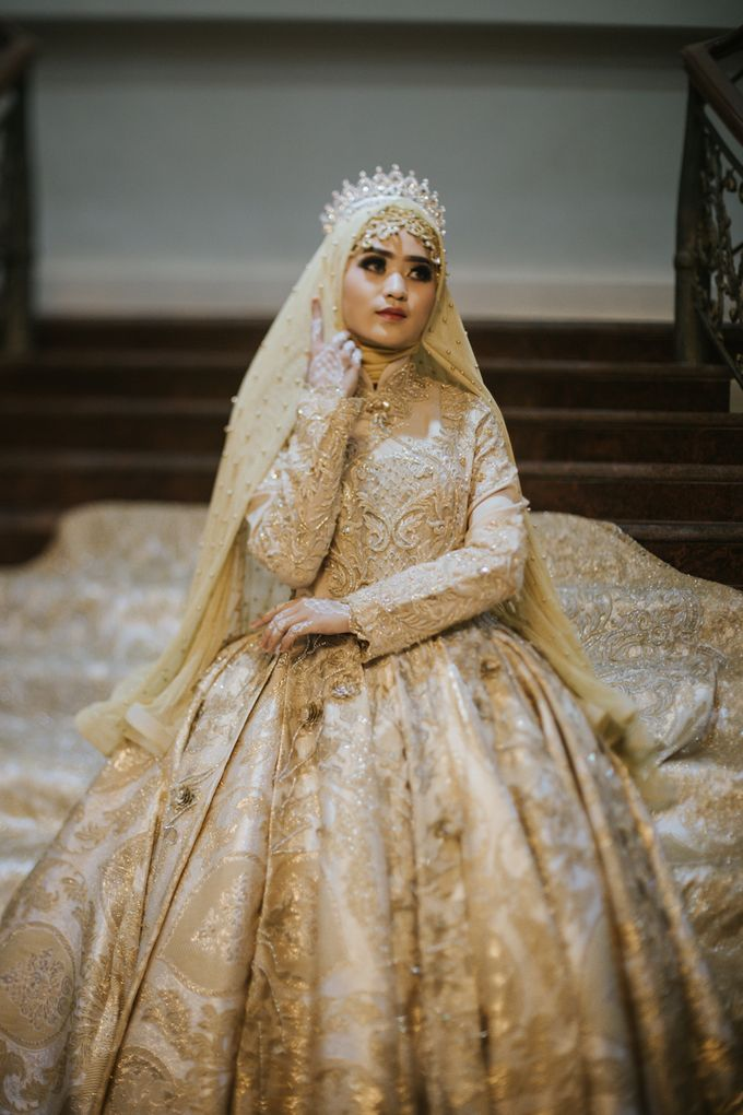 Gaun Pengantin Deep Heart Fahion Parade By Laksmi Islamic Bride By