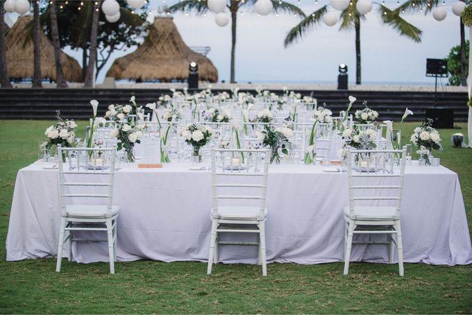 Elegant alfresco greenery wedding at The Royal Santrian by Silverdust Decoration - 022