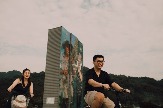 Casual engagement shoot by Amelia Soo photography - 024