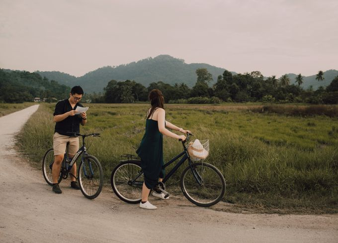 Casual engagement shoot by Amelia Soo photography - 027